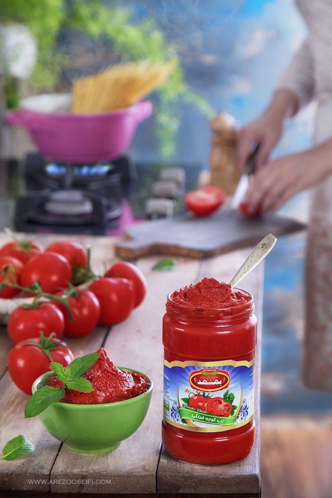 رب گوجه فرنگی .عکاسی مواد غذایی. گوجه.غذا.تبلیغات.عکاسی تبلیغاتی.عکاسی صنعتی.